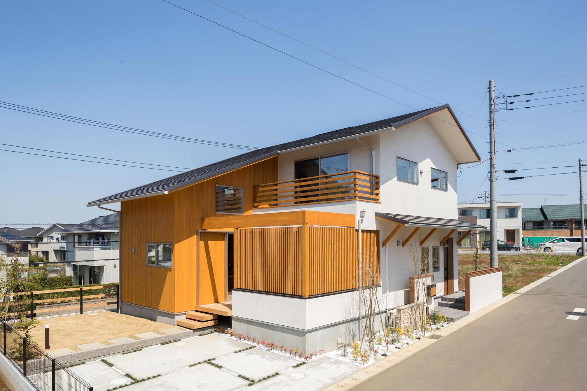 [写真]繋がり、広がり空間の家